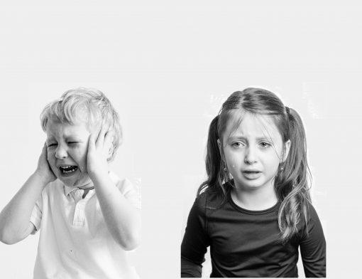 Por que as crianças brigam